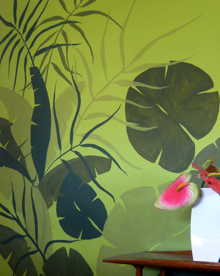 Living room wall jungle mural
