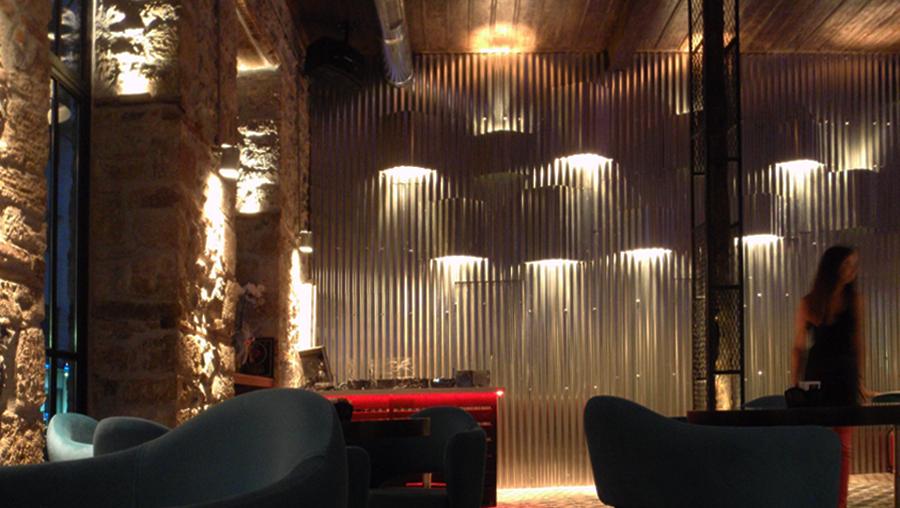 Διακοσμητικά φωτιστικά τοίχου εστιατορίου μπαρ