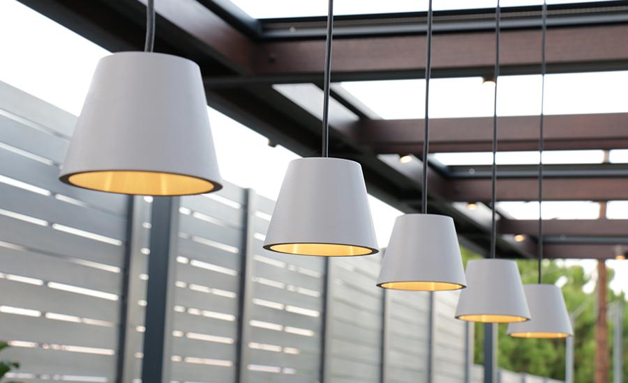 Φωτισμός τραπεζαρίας πέργκολας